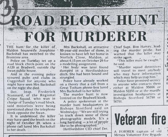 Road block hunt for Murderer